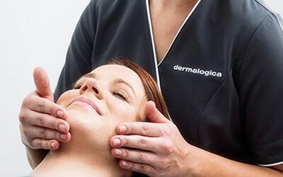 Women getting her skin treated